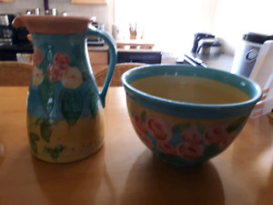 Fleurs bleue large pitcher and bowl set