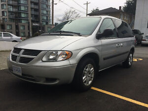 2006 Dodge Caravan SE Minivan,DVD, low km. Clean, local,
