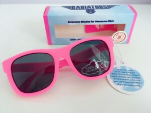 Babiators Think Pink Navigator Sunglasses (Brand new)