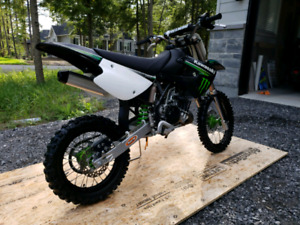 Kawasaki KX 85 2009 édition Monster
