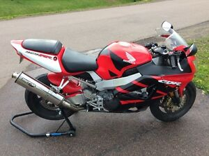 2001 CBR929RR With Extras!