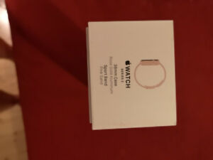 Apple Watch Series 2 ROSE GOLD in mint condtion