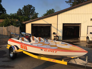 16' TAYLOR CUSTOM BOAT**350 SBC V8**500 HP**OVER $30K INVESTED