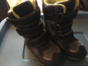 Toddler size 11 Winter Boots