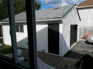 Garage fOr rent (Double)....