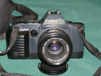Canon T70 35mm film camera with lens 50mm 1:1.8