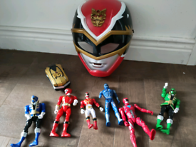 Power rangers figures and mask