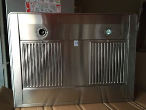 """HOTTE CHEMINÉE 30"""" WALL MOUNT CHIMNEY 600 CFM STAINLESS"""
