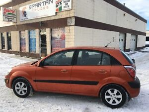 2008 Kia Rio 5 Hatchback - A+ condition / Heated seats