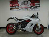 2017 DUCATI SUPERSPORT S - ONLY 1179 MILES - AKRAPOVIC EXHAUST CAN FITTED
