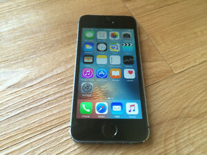 Apple iPhone 5S Gray 32GB in Excellent Condition (Bell/Virgin)