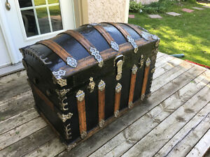 Antique coffre trunk Malle rare