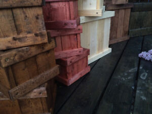 Wooden planter garden boxes! Stained & Driftwood Jewelry holders