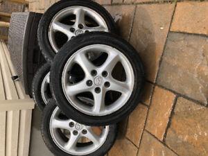 Lot de 4 pneus Dunlop 195/50 R16/ 250$ l'ensemble