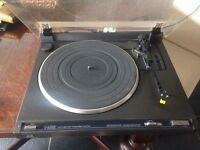 JVC L-A100 turntable