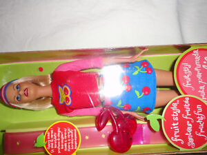 Brand new in box collectible cherry scented Barbie doll London Ontario image 5
