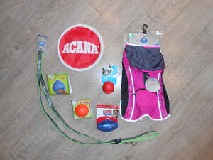 BRAND NEW: Gift pack for small dog, incl. toys, leash, coat