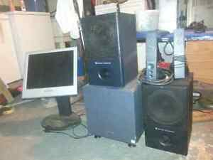 Various Home theatre speakers and wires! Kitchener / Waterloo Kitchener Area image 1