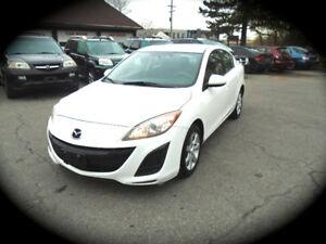 2011 Mazda3 GX, AUTOMATIC & AC!! **12/m WARRANTY INCLUDED**