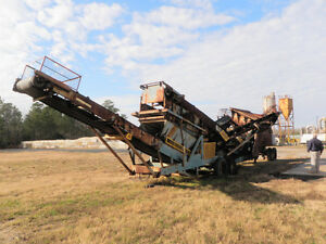 Powerscreen Chieftan 800  5X10 Screening Plant