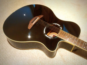 Yamaha APX500ii Thinline Acoustic Electric - $285