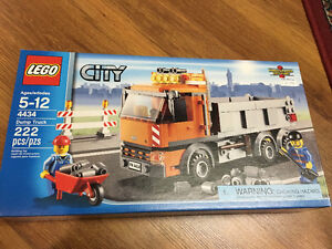 Lot of 7 LEGO CITY Sets - RETIRED, NEW, SEALED!