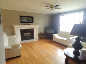 Lovly 3 Bedroom home on large lot in the heart of Clarenville St. John's Newfoundland image 4