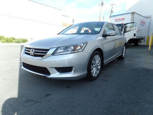 2013 Honda Accord LX Sedan **LIKE NEW!