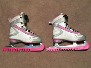 Reebok BOA Girls Skates Size 1- Easy to put on and take off!