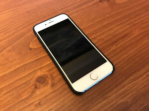 Mint iPhone 6 16GB + Apple Leather Case