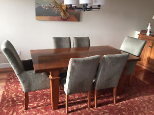 Dining Table & Credenza Set