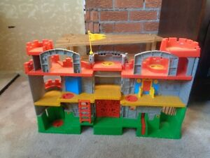 LITTLE TYKES FOLDING CASTLE Peterborough Peterborough Area image 3