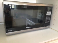 "NEW in BOX!! 1.6 WHITE,1.2 BLACK PANASONIC ""INVERTER"" Microwaves"