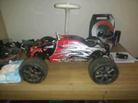 Rc 1/18 trophy truggy 4.6 engine