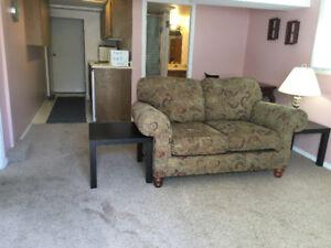 1 Bedroom Suite for Female Student in Oak Bay