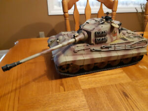 Tamiya King Tiger 1/16 R/C Tank - Battle Ready Remote control