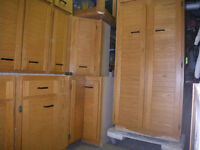 OAK  CABINETS   with  Pantry