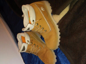 Once worn timberland boots