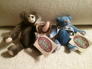 Cottage Collectible Bears
