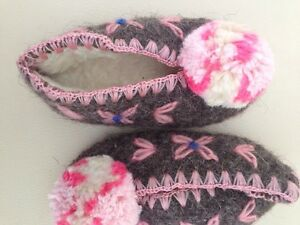 Hand made traditional Greek wool Slippers size 22 baby/toddler West Island Greater Montréal image 2