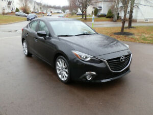 **LOOK** 2014 Mazda 3 GT- FULLY - Fully - fully LOADED!