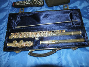 SEVERIN OF U.S.A. FLUTE,..WELL MAINTAINED,..IMACCULATE CONDITION