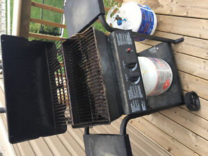 Broil-mate BBQ with propane tank for sale - $25!
