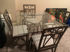 Dinette Glass Top Table w/4 chairs