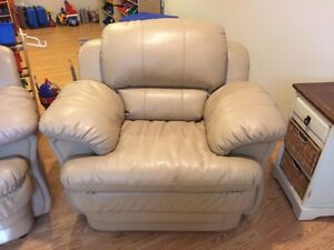 Leather Seat like new Condition