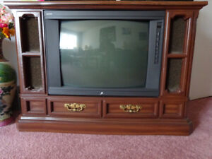 Zenith TV in Beautiful Wooden Cabinet - Works Perfectly!