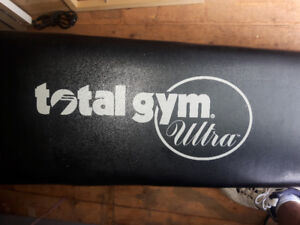 TOTAL GYM ULTRA WITH ACCESSORIES