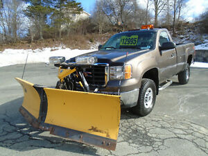 2008 GMC Sierra 3500 REG CAB 4X4 WITH V-PLOW