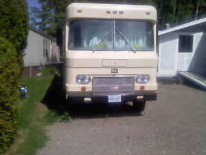 classic home on wheels ( RV FOR SALE)