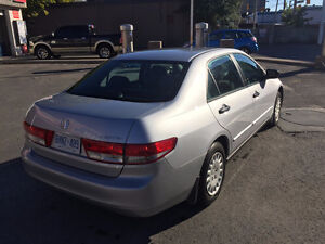 2004 Honda Accord 4 cylinder Sedan